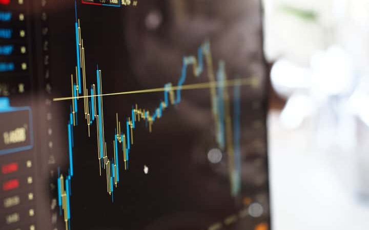 Why Are Businesses Increasingly Choosing Trading Algorithms?