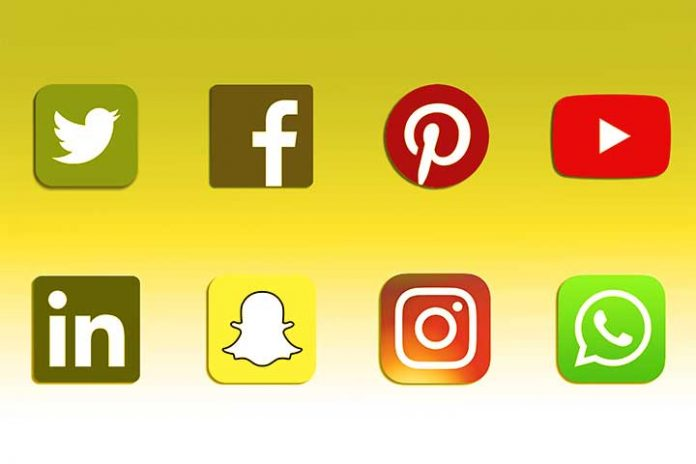 Advantages-And-Disadvantages-Of-Social-Networks
